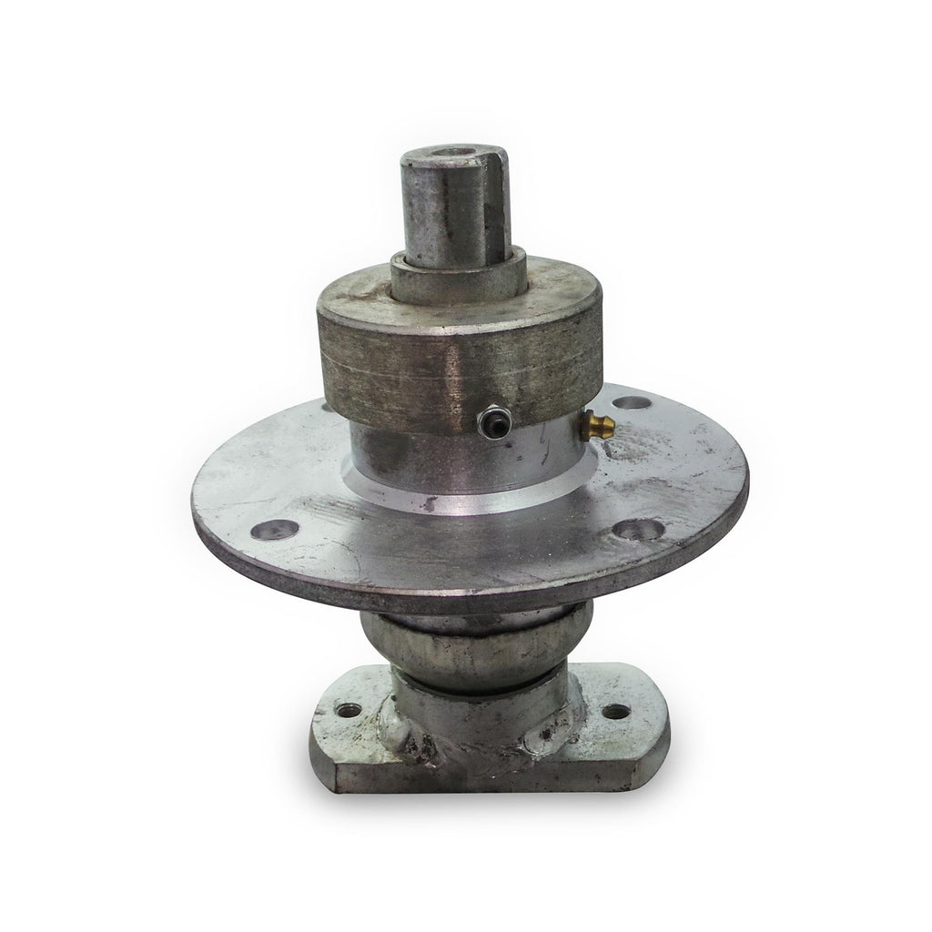mower bearing hub assembly