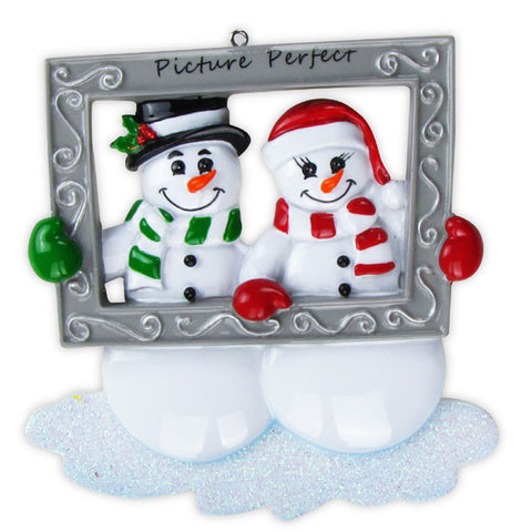 OR705 - Snow Couple Holding Frame Personalized Christmas Ornament