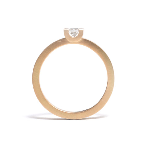 Curve Set Diamond Ring