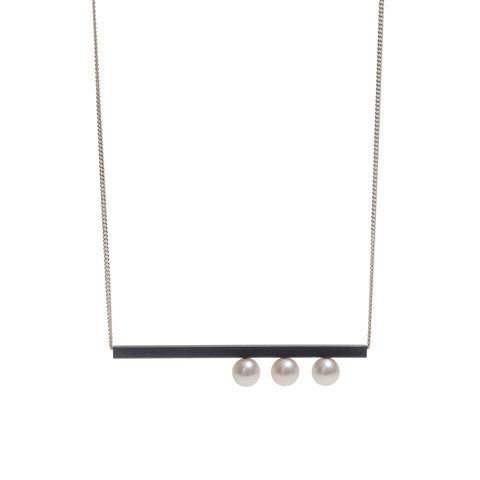 Suspended Three Pearl Neckpiece