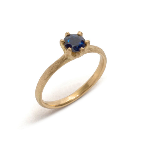 Stone Love Sapphire Solitaire Ring