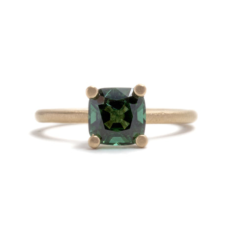 Regal Green Ring by Suzi Zutic