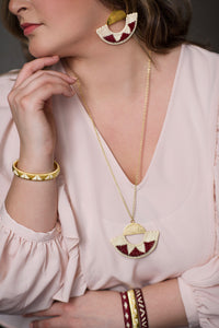 ethical sustainable fair trade jewelry from colombia elegant sophisticated fashionista gold beige wine red