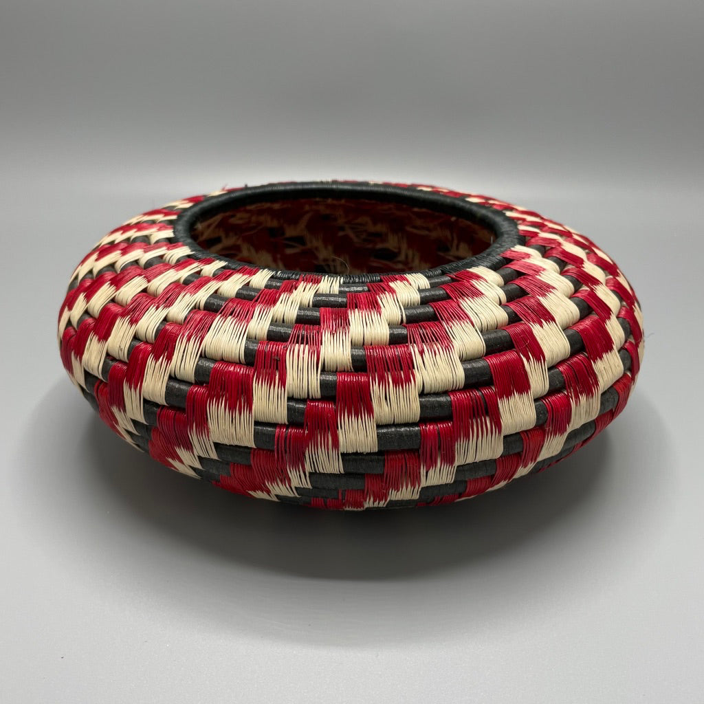 Indigenous Wounaan Art Vase from Colombia. Handmade & Fair Trade. Black & Beige & Red spiral design. Chunga Palm basket