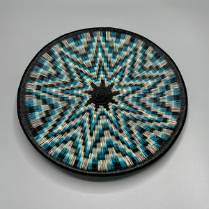 Indigenous Wounaan Art Plate from Colombia. Handmade & Fair Trade. Black, beige, blue star burst.. Chunga Palm basket