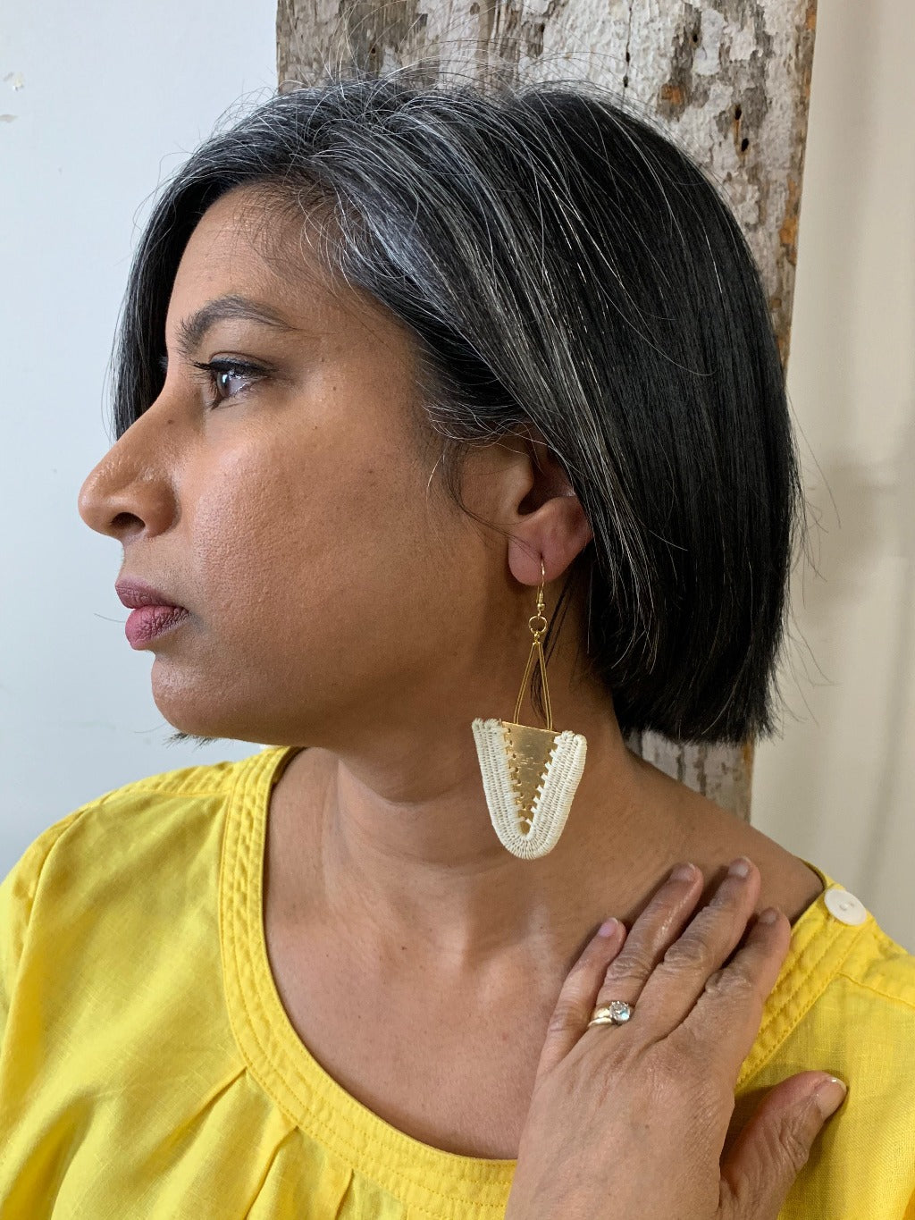Isabel woven earrings jewelry unique fashion handmade artisan fair trade colombia giveback gold white natural beige ethical sustainable