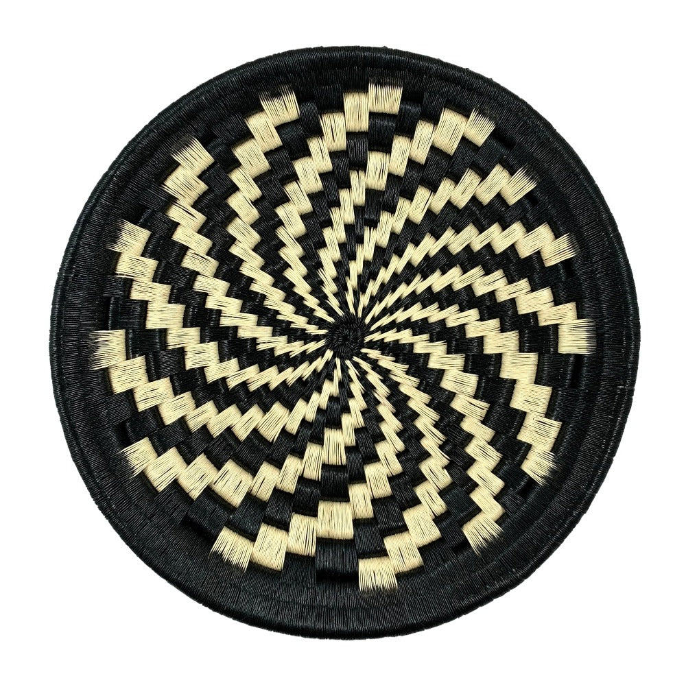 Indigenous Wounaan Art Plate from Colombia. Handmade & Fair Trade. Black & white. Chunga Palm basket