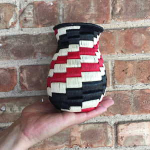 Wounaan Art Vase Basket WV025 - Unique Handmade Gift