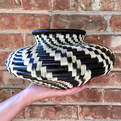 Wounaan Art Vase Basket WV035 - Unique Handmade Gift