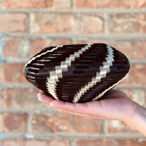 Wounaan Folk Art Vase Basket WV044 - Unique Handmade Gift