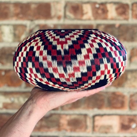 Wounaan Folk Art Vase Basket WV046 - Unique Handmade Gift