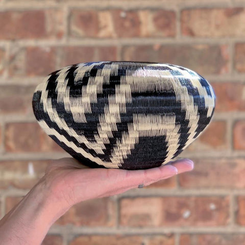 Wounaan Art Vase Basket WV049 - Unique Handmade Gift Bowl