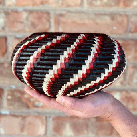 Wounaan Folk Art Vase Basket WV050 - Unique Handmade Gift