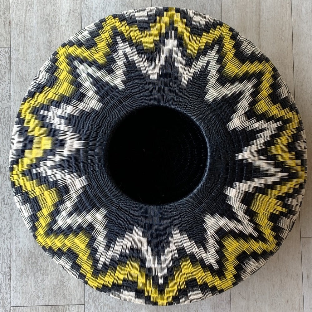 Indigenous Wounaan Art Vase Bowl from Colombia. Handmade & Fair Trade. Black & White & Yellow  Flower design