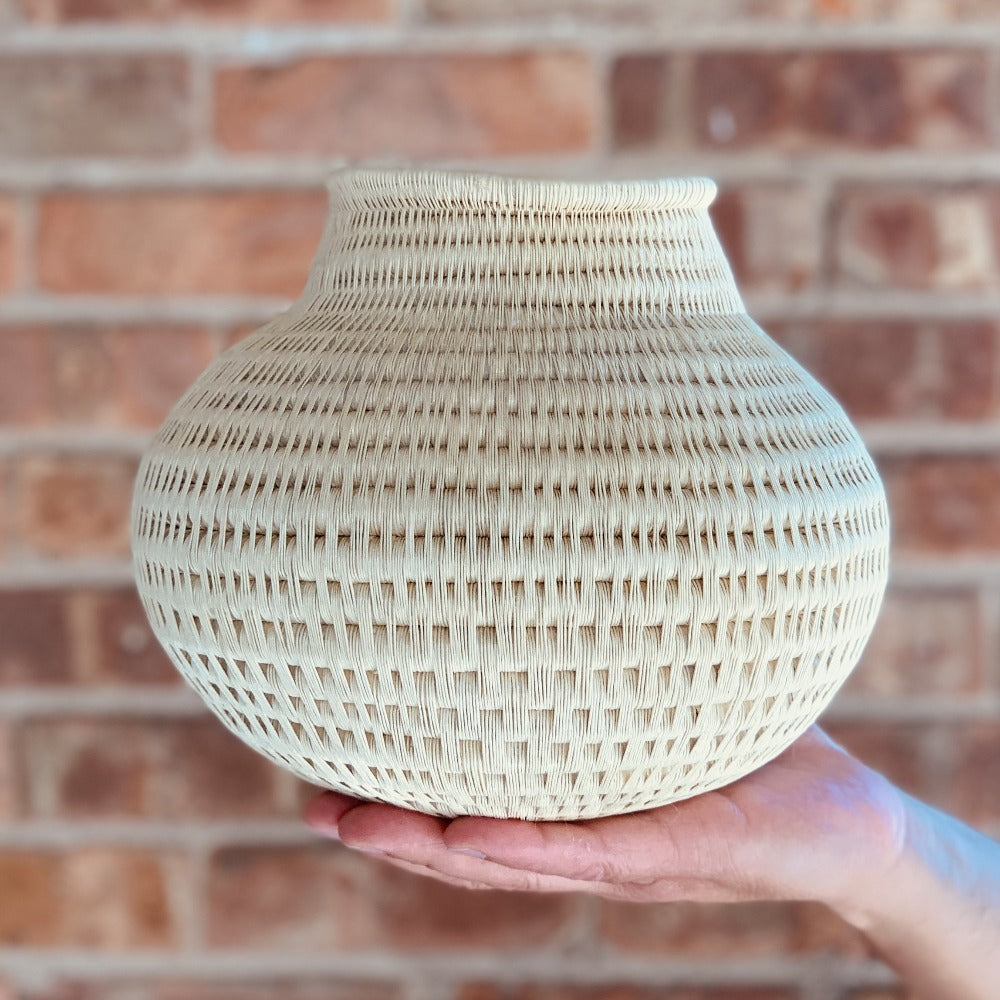 Wounaan Folk Art Vase Basket WV058 - Unique Handmade Gift