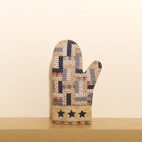 """Stars and Stripes"" Oven Mitt"