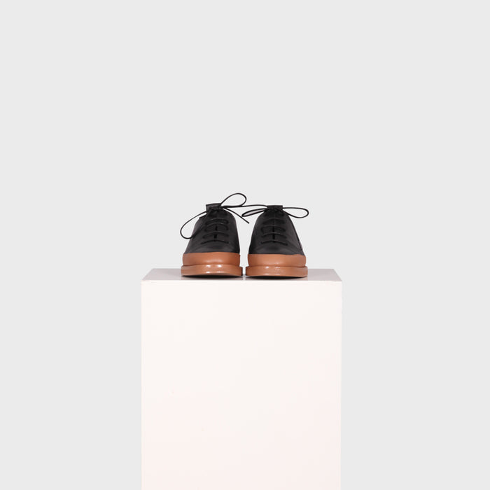 AYLA SHOE / BLACK-TAN