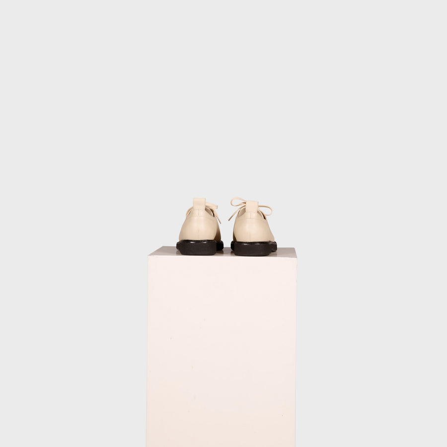 KARI SHOE / CREAM-BLACK