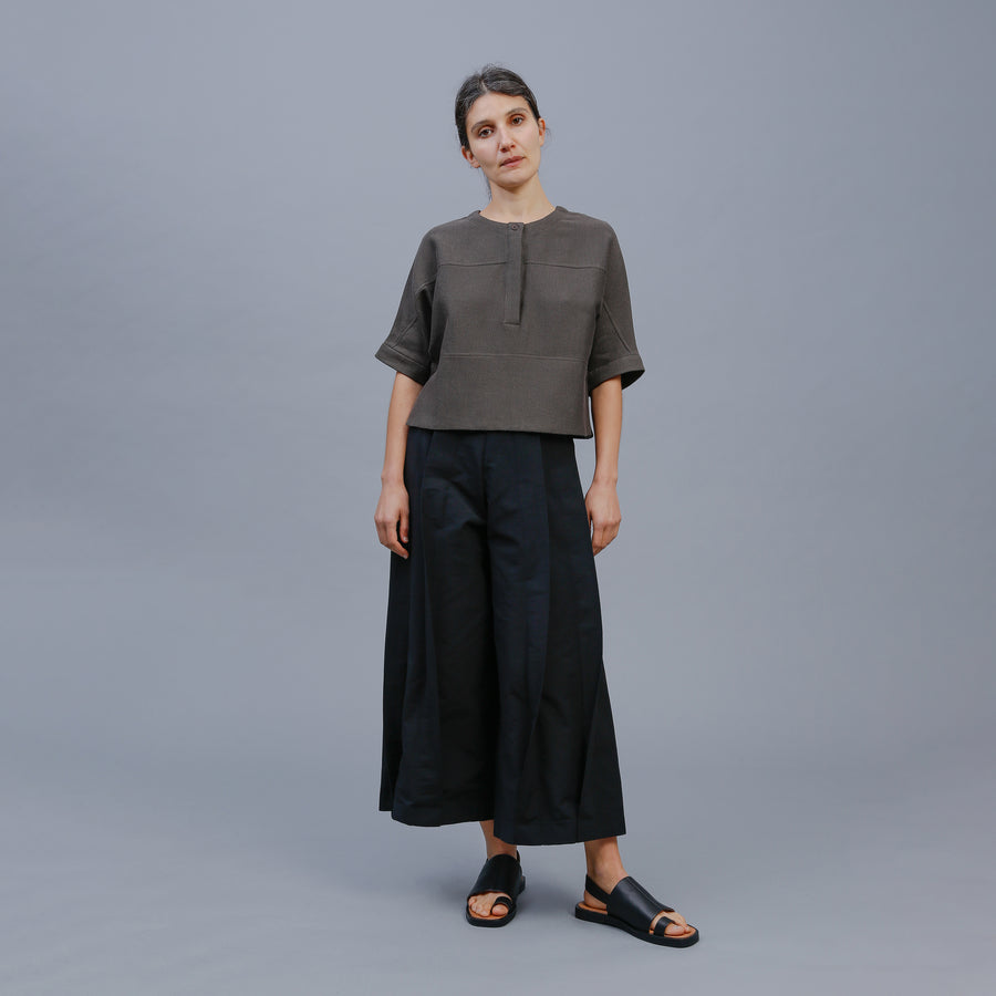 MIA TOP / KHAKI-BLACK