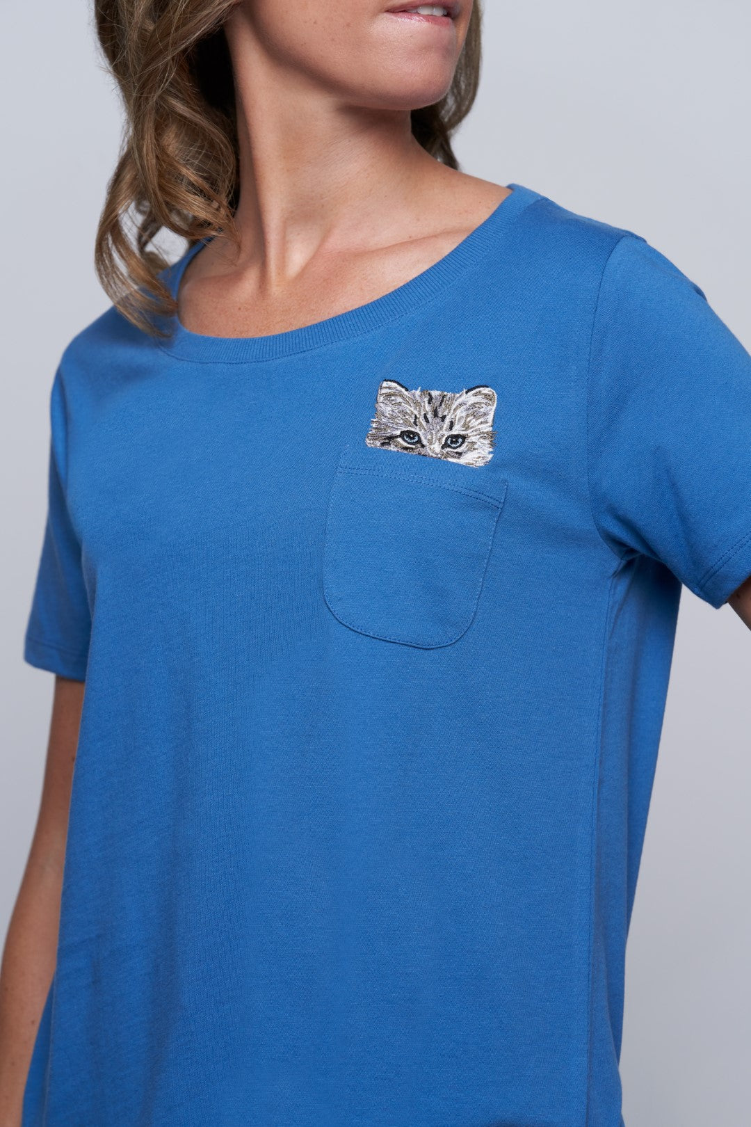 Glendale Cat Pocket Tee - Blue-2