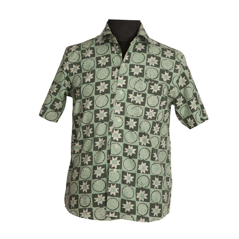 Fabulloso Half Sleeves Green Men's Shirt