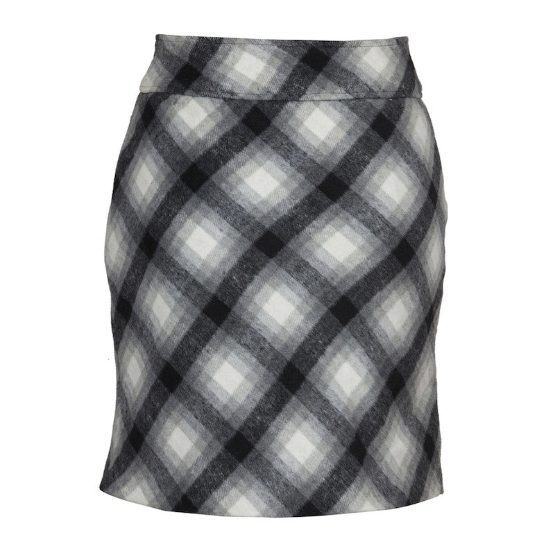 Fabulloso Black and Grey Check Woollen Skirt