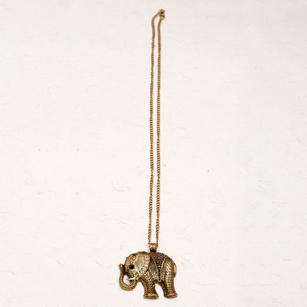 Fabulloso Antique Gold Elephant Necklace