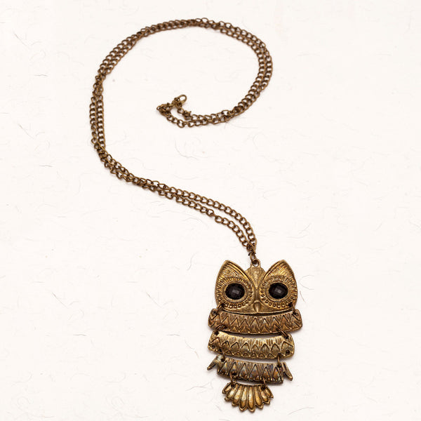 Fabulloso Antique Gold Owl Necklace
