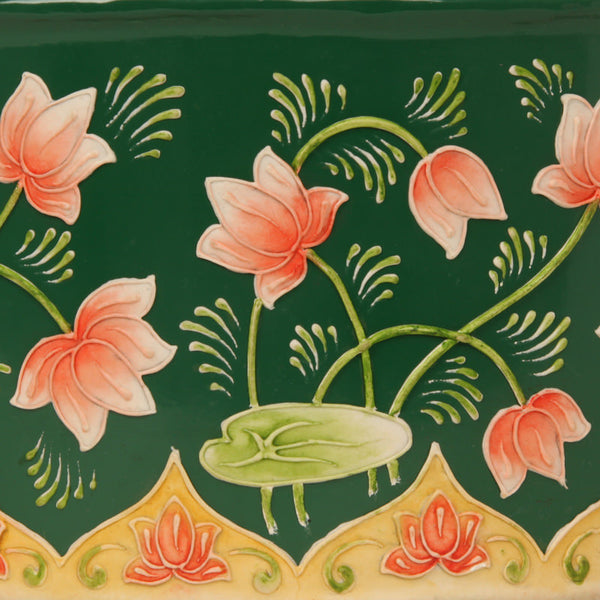 Lotus pond box