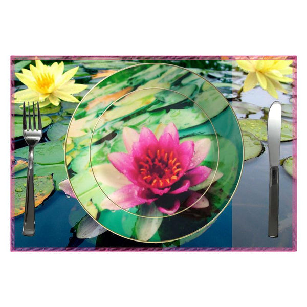 Leaf Designs Bright Pink Lotus Dinner Plate