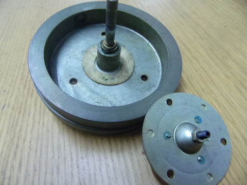 Teac A-1030 fywheel and brass pressure plate