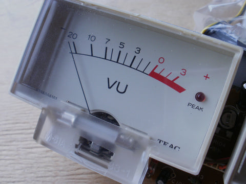 Tascam 112 246 520  VU meter 5296006101 hole for LED only