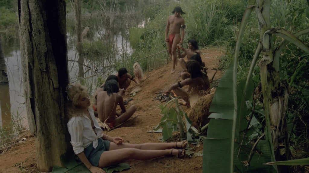 Cannibal holocaust monkey scene video
