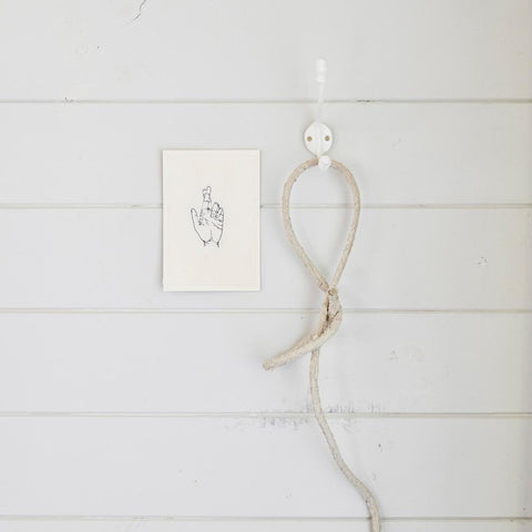 Stovepipe Hook | White