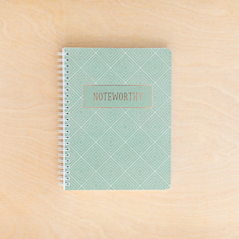 **NEW** Noteworthy Simple Notebook
