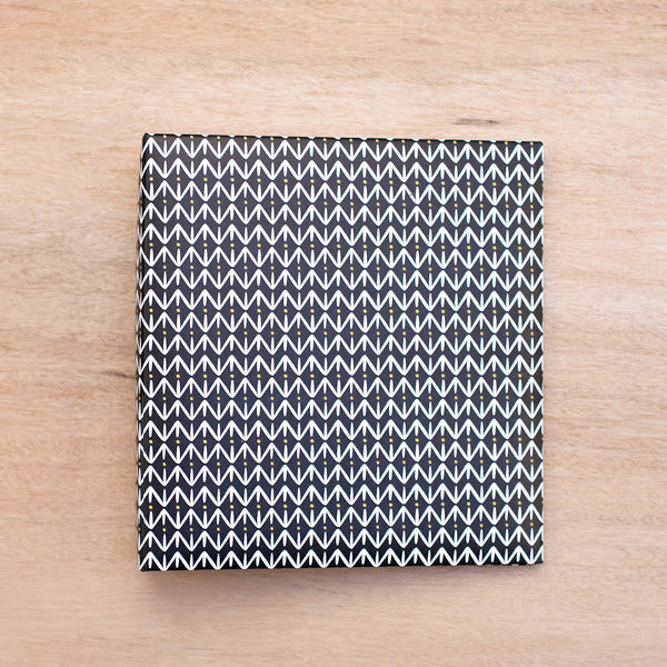 Black Pattern 6x8 Album - Pocket Scrapbooking - 1