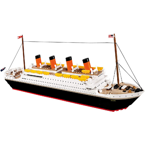 600-Piece Historical Collection 1912 R.M.S. Titanic Building Kit