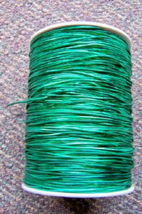 Shiny Metallic Green Elastic Cord, 500 Yrd (1 Roll)