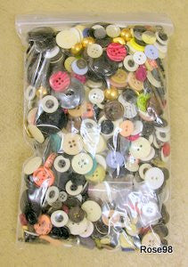"Bag o'Buttons ""Pounder"" , Assorted Colors (1 pound package)"