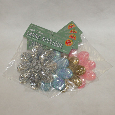 "5-1/2"" Sequin & Bead Large Applique 4 colors"