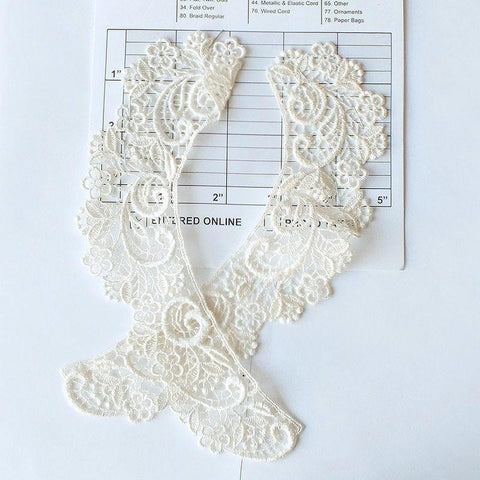 Venice Lace Collars (Per Pair) 2 Colors