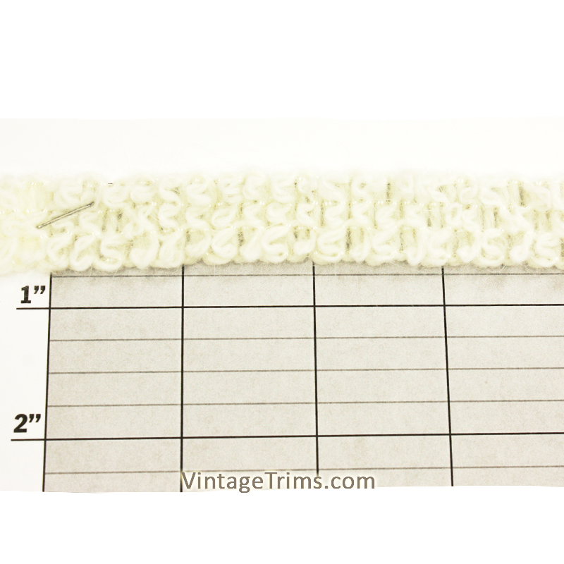 "Fuzzy Yarn Braid 3/4"" (Per Yard) White"