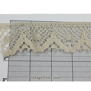 "Scalloped Cluny Lace 1-1/2"" (Per Yard) Beige"