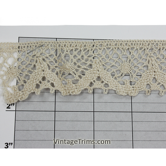 Scalloped Cluny Lace 1-1/2