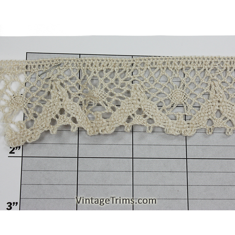 "Oval Filigree Cluny Lace 1-1/2"" (Per Yard) Beige"