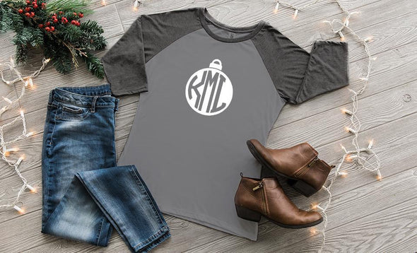 'Tis the Season Raglan 3/4 Sleeve Ladies T-Shirts - Grey Frost with Black Frost Sleeves / L - Qualtry