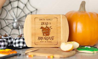 Personalized Halloween Cutting Bar Board 6 x 8 Rounded Edge -  - Qualtry