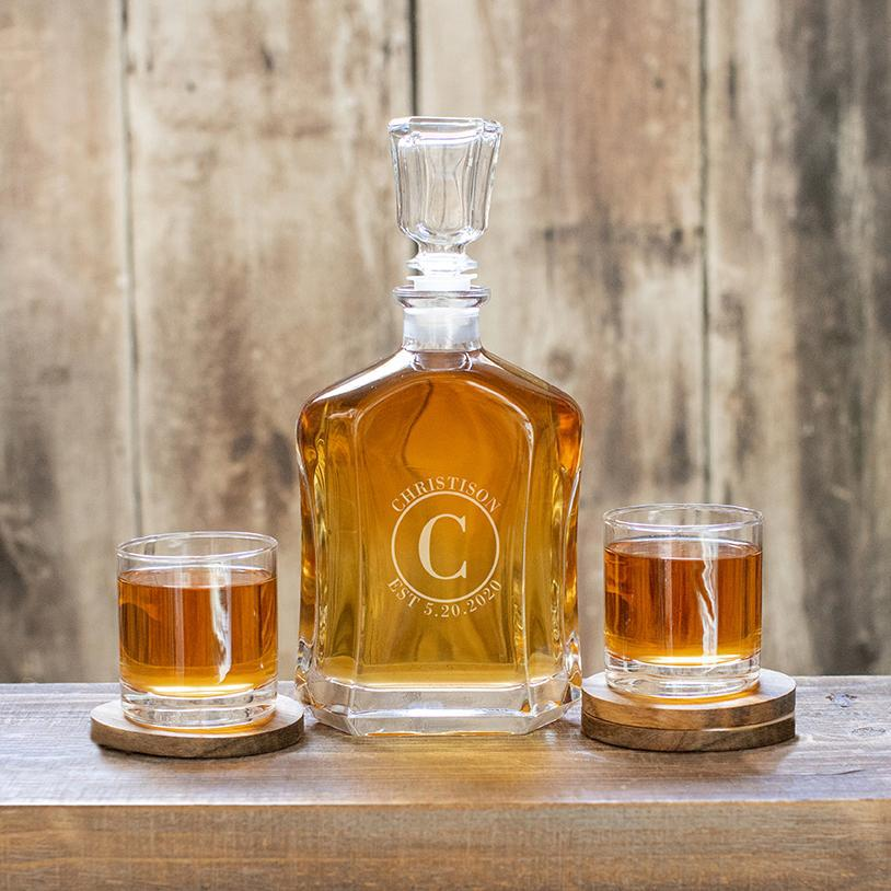 Custom Decanter with 2 Whiskey Glasses