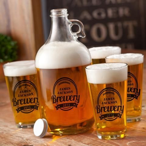 Personalized Growler Gift Set with 4 Pint Glasses - 64 oz.