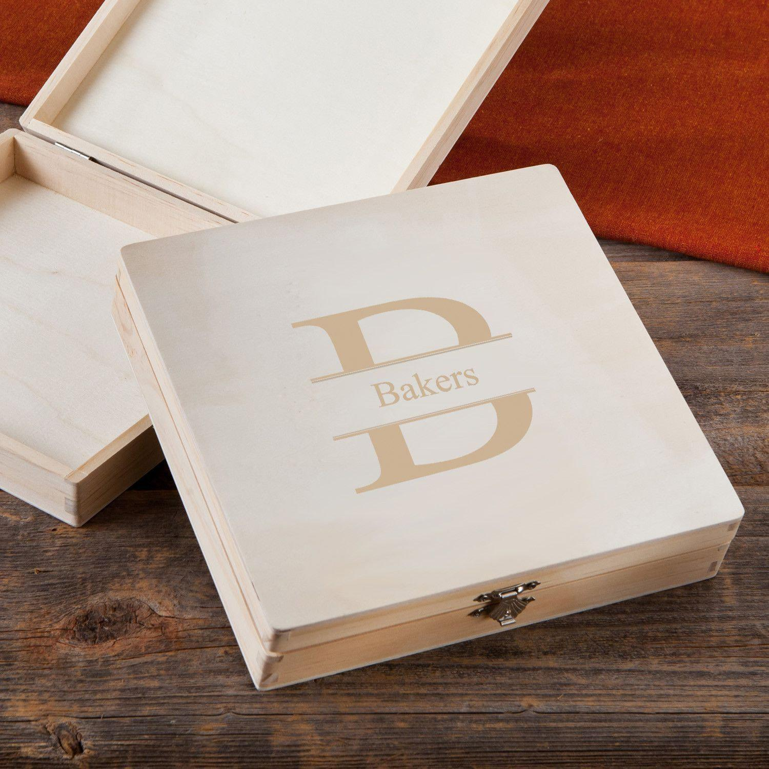 Personalized-Humidor-Wooden-Keepsake-Groomsmen-Gifts